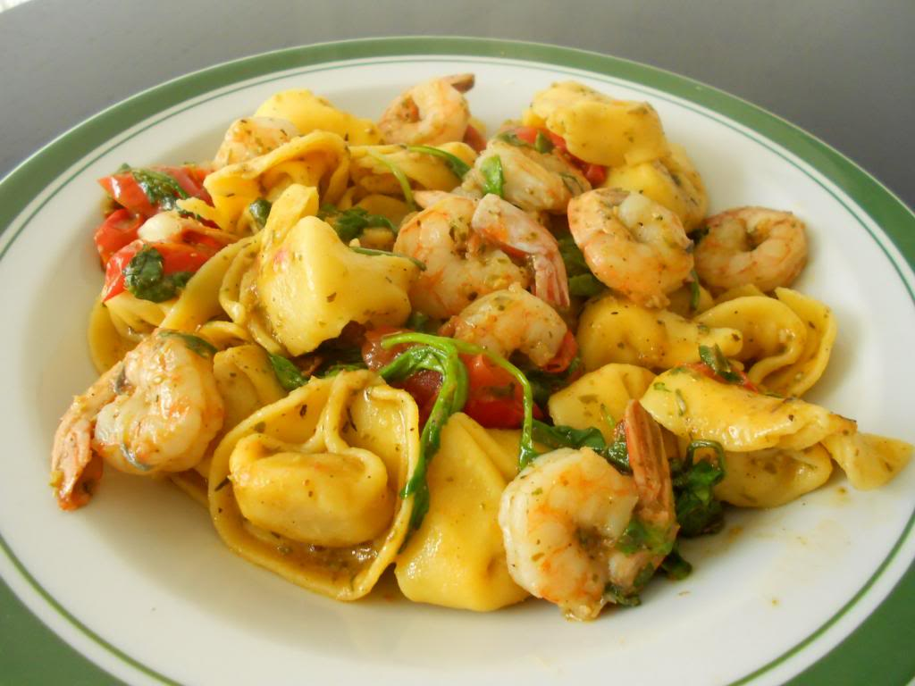 Salami Tortellini con Gamberetti e Rocula