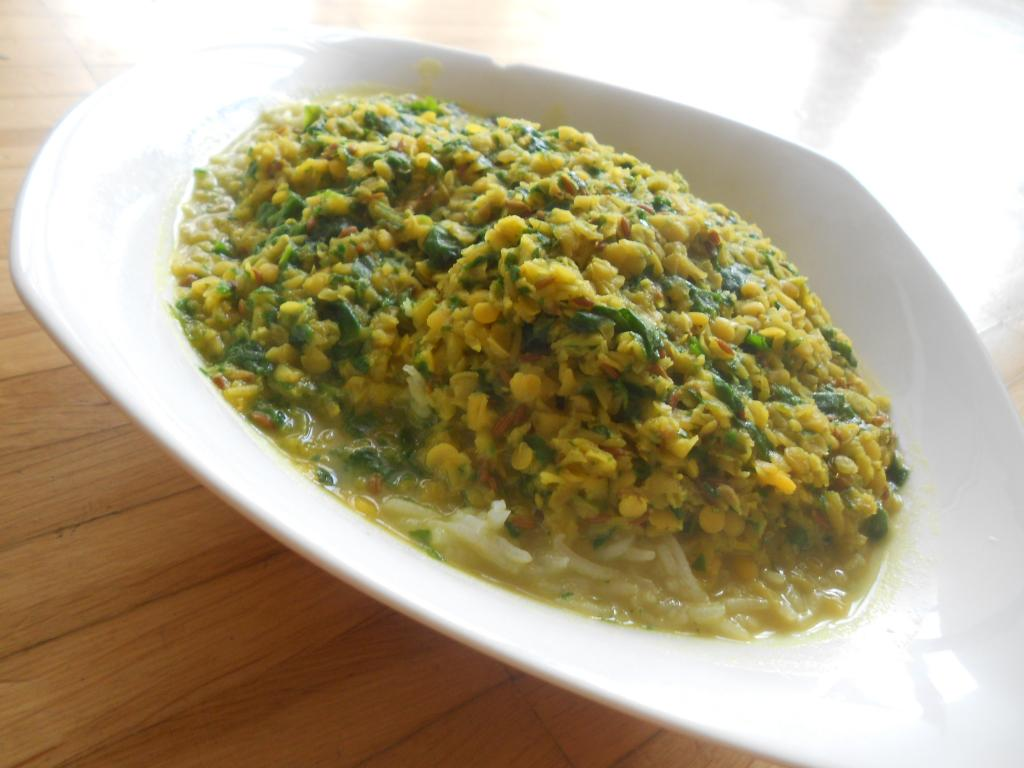 Linsen & Spinach soup (Palak Daal) with rice