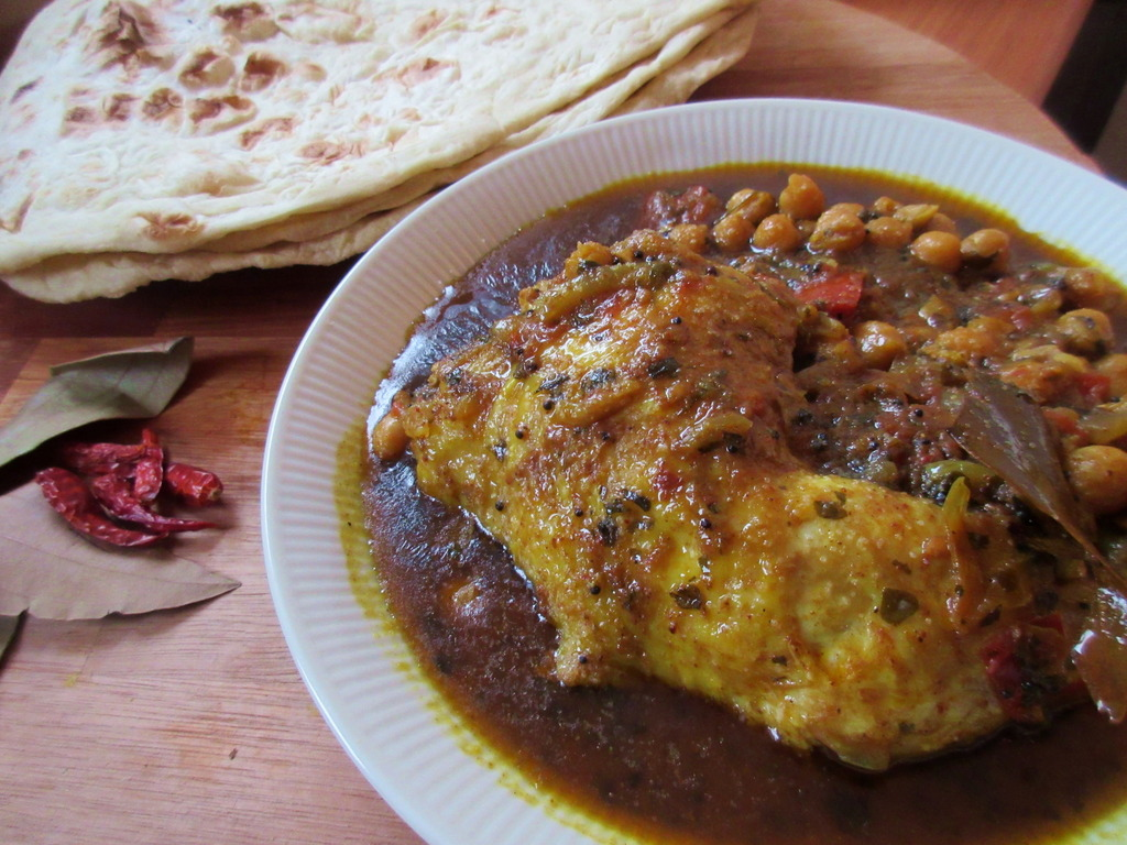 Chole Chicken (Chicken with Chickpeas)